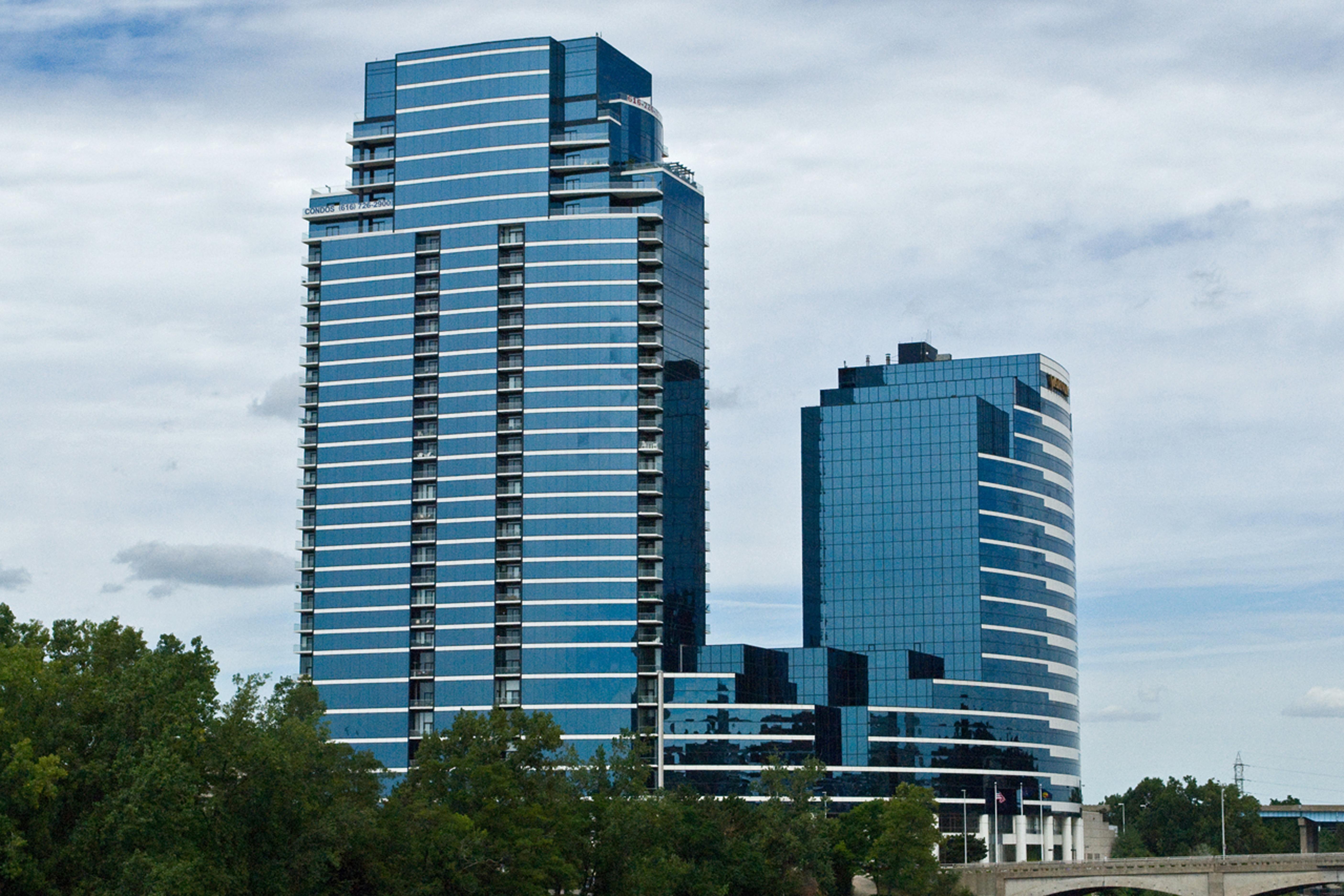 River House Condominiums